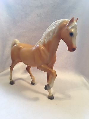 Seven Vintage Horses 1 Breyer, 1 WS 2142, 1 Ertl, 1 molded, 3 others GUC