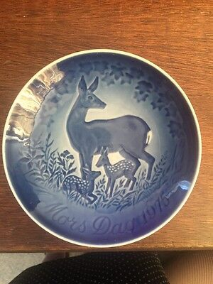 Mothers Day Plate, Copenhagen Porcelain Mothers Day Plate 1975