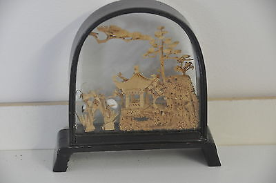 Japanese Chinese 3D art in small glass case