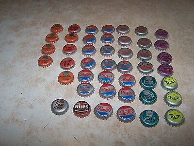 Vintage lined soda pop bottle caps,45 Assort.Diet Pepsi,Coke, Root Beer, Orange.