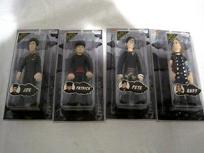 New  Fall Out Boy Figures Complete Set  Pete, Patrick, Joe And Andy (HKW4-404)
