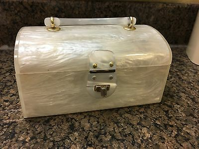 Vintage Acrylic Lucite Purse White Pearl Nice Awesome 1950S – 1960S