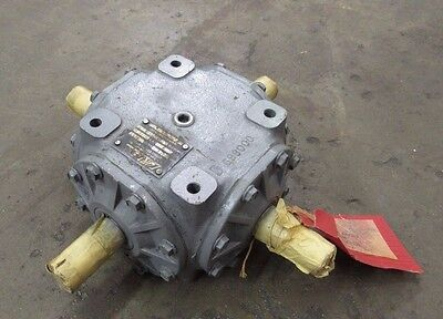 Curtis Machine Co 416M 4 Way Four Way Right Angle Gearbox 1:1 907733-2
