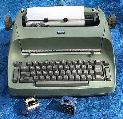 Vintage Working IBM Selectric Electric Typewriter Green Model 71 w/ 3 Fonts Ball