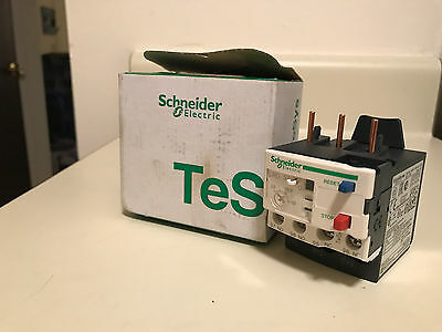 New in Box SCHNEIDER ELECTRIC LRD32 Overload Relay