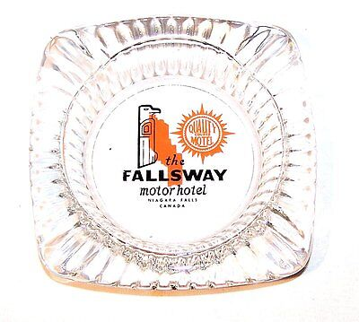 Vintage Quality Courts Fallsway Niagra Falls Hotel Motel Ashtray Canada NoRskOfr