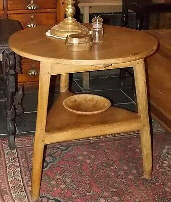 Antique early 19th C pine CRICKET TABLE round 3 legs undertier
