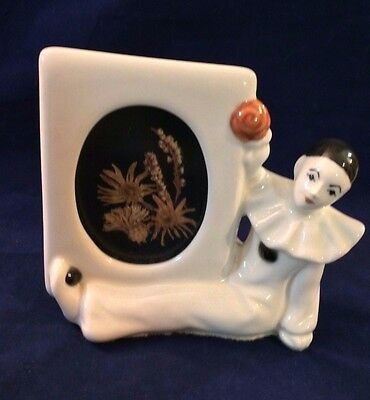 "Vtg 1981 Ceramic Gare Inc  Art Deco ""pierrot Clown Figurine"" Oval Picture Frame"