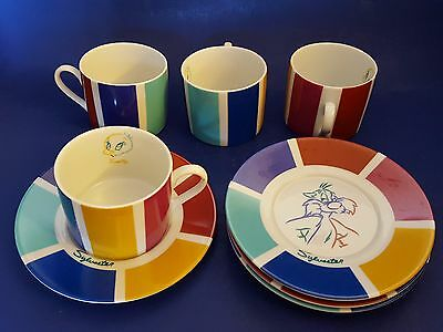 Warner Brothers 'Looney Tunes' Tweety Bird & Sylvester Cups & Saucers. Set of 4