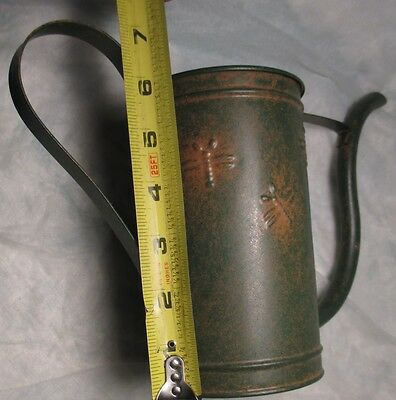 Tin Metal Watering Can with FROG & BUBBLE BEES Decoration Outdoor Indoor Garden