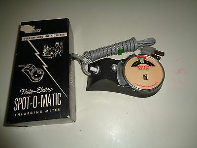 ORIGINAL 1950's SPOT-O-MATIC DARKROOM ENLARGING METER