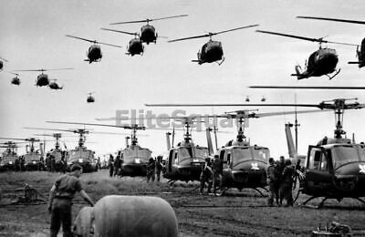 Vietnam War Photo US Army helicopters  support for U.S. ground troops 551