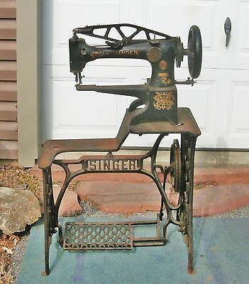 w 1914 Vtg SINGER 29-4 Industrial Cobbler Leather Patcher TREADLE SEWING MACHINE