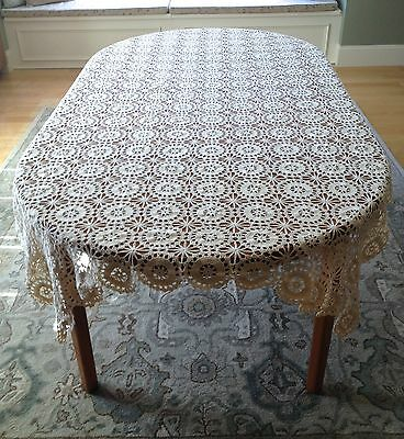 "Beautiful Vintage HAND CROCHETED Medallion/Stars Tablecloth 58""x 98"" Rectangle"