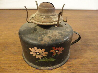 Vintage Distressed Tole Tin Hand Painted Oil Lamp P&A Mfg. Co. Thomaston, Conn