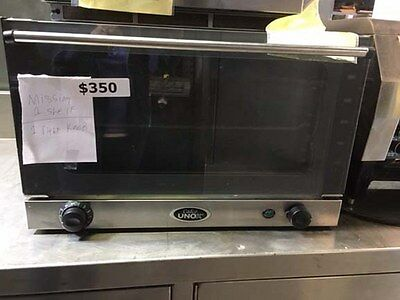 Cadco Half-Size Convection Oven with Finishing Mode  XA015