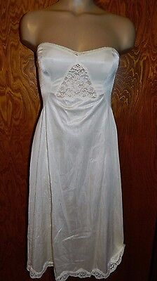 "Vintage NOS ""The Doesn't Slip"" STRAPLESS SLIP A Line Full Length Beige Size 34"