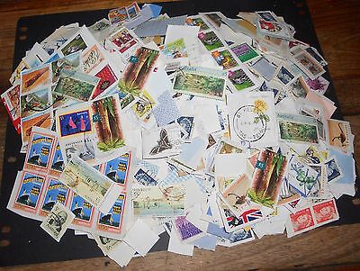 1000+ Australian Decimal Stamps On And Off Paper