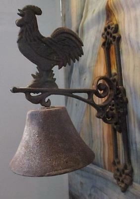 Vintage Rustic CAST IRON ROOSTER Farmhouse Dinner Bell Wall Bracket Mount