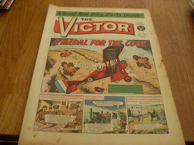 The Victor Comic 2 Issues No's  304 1966/ 312 1967