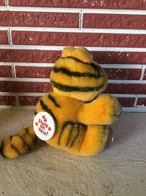 Vintage 1981 Garfield Stuck On You Window Suction Cup Plush