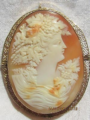 Antique 14k yellow Filigree Gold carved Shell Cameo brooch pendant