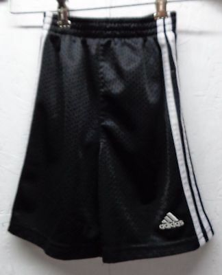 Adidas kids sz 4 shorts Black & white