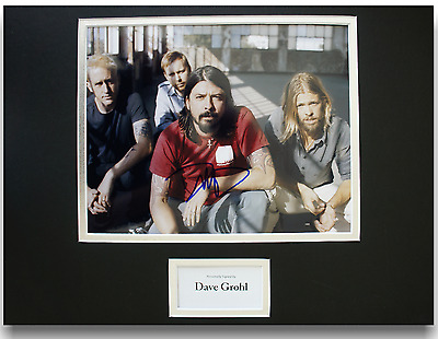Dave Grohl Foo Fighters Authentic Hand Signed Autograph 8x10 Photograph