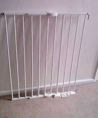 Lindam Dog/Baby safety gate - expandable.   PAY ON  COLLECTION