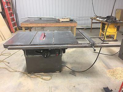 """Delta RT40 Table Saw 16"""" Capacity. 50"""" Fence"""