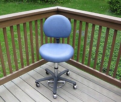 Brewer Doctor Stool Chair Pneumatic Adjustable Foot Operated Azure Dentist Lab