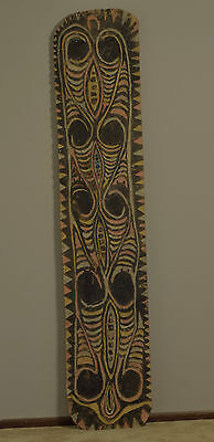 Papua new Guinea Old War Spirit Fighting Shield Clan Carved Wood Handles Shield