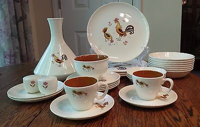 28 Piece Set Taylor Smith Taylor Harmony Honey House Hen Dinnerware Set Excellen