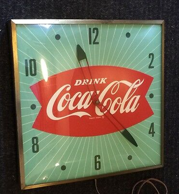 """Vintage 15"""" x 15"""" Drink Coca Cola 1950s  """"Fishtail"""" / Green Electric Wall Clock"""