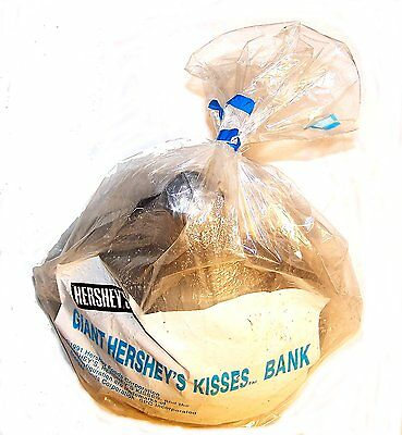 Vintage Hershey Chocolate Kisses Kiss Candy Bank NOS ExMt Bar Nestle Crunch Ofr
