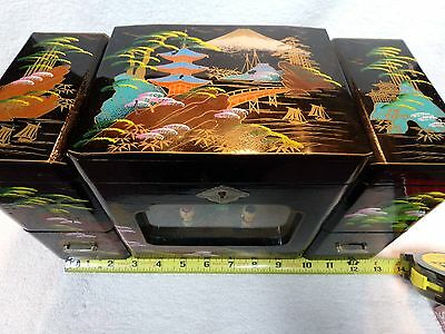 Black lacquer Japanese animated jewelry box