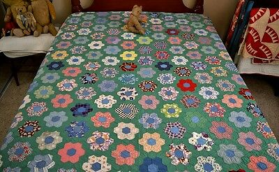 Antique Hand Stitched Grandmothers Garden Quilt *