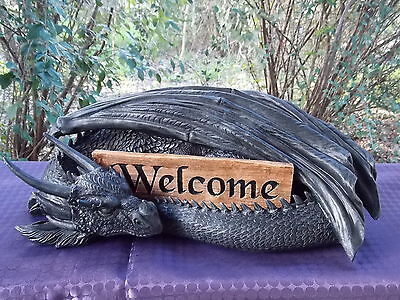 45Cm Black Dragon Statue With Welcome/not Welcome Sign - Fantasy/gothic Giftware