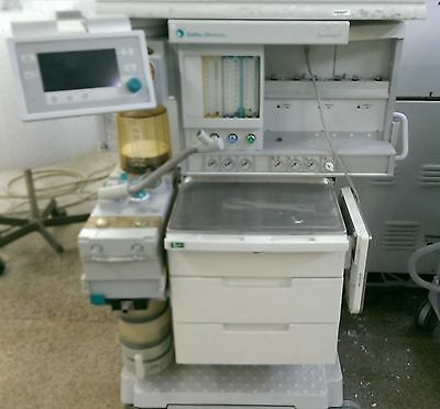 Datex-Ohmeda Aestiva S5 with 7900 Smartvent Anesthesia Machine