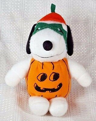 Peanuts The Great PUMPKIN SNOOPY Plush United Feature Syndicate 8""