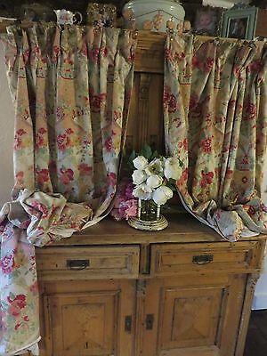 Delightful Pair Of Large Vintage French Country Floral Drapes / Curtains