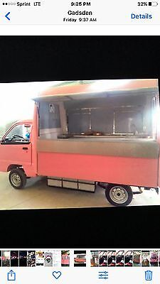 food truck total electric, pink, stainless steel counters and sink