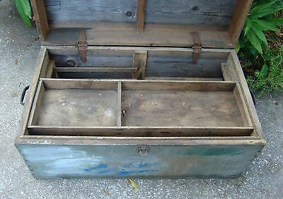 PINE TOOL BOX Carpenter Chest  Vintage  WOODTrunk Storage END COFFEE TABLE Bench