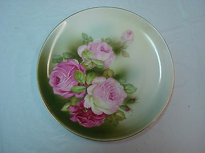 ANTIQUE HAND PAINTED PLATE w/LOVELY ROSES PATTERN, GOLD TRIM