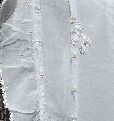 Pretty Vintage White Lace Cutter Fabric Panel Fine Linen Net Muslin embroidered
