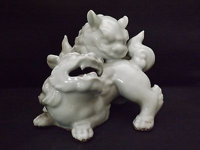 Antique chinese blanc de chine Foo Dogs 19th Century Impressed mark