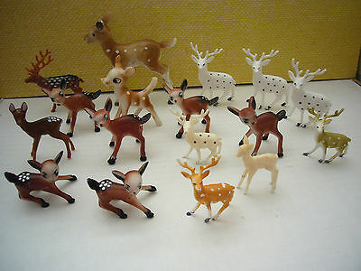 Lot of 17 Vintage Plastic Deer Figurines Some made Hong Kong