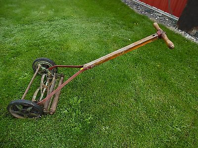 Vtg G W DAVIS RICHMOND INDIANA Primitive Tool Wood Handle Reel Manual Push Mower