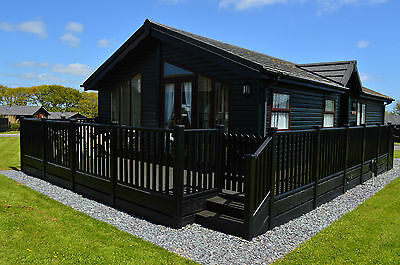 Cornish Holiday Lodge with use of indoor pool  - Sat 12th - Sat 19th August