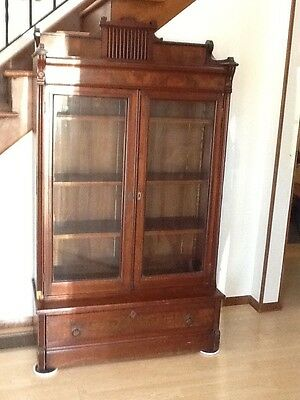 Lovely  Antique   Glass   Front   Bookcase